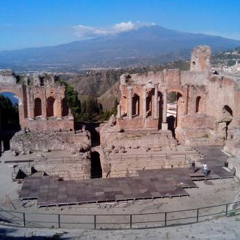 "Il Parco Archeologico si chiamer?á ""Taormina-Naxos""."